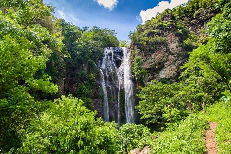 waterfalls Labuan bajo