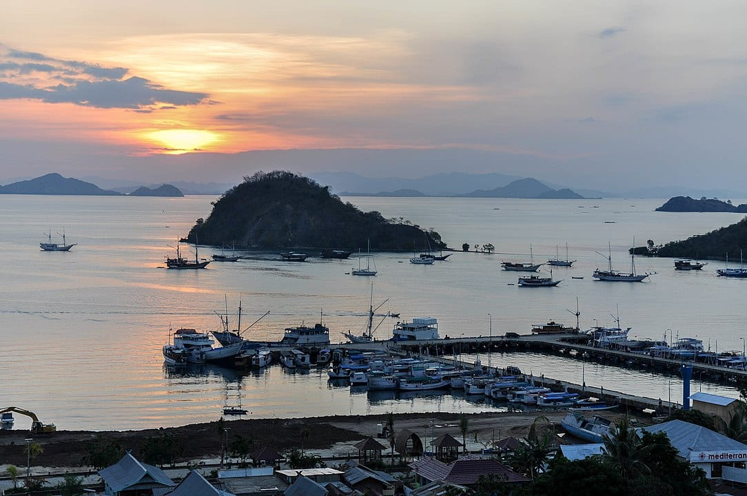 geography in Labuan bajo